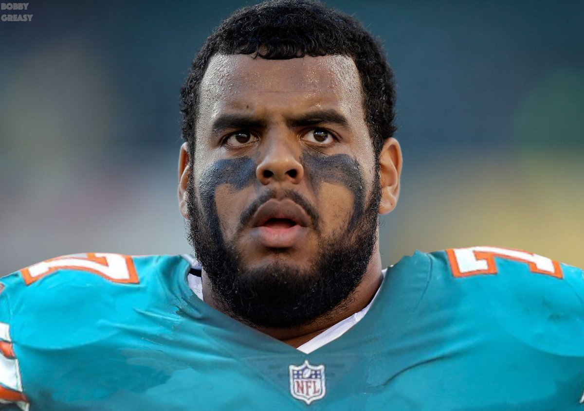 my guess? Larry Warford (@wardaddy_75) will be a Miami Dolphin before the season starts. He is a perfect fit for Chan Gailey's scheme.  #MiamiDolphins #FinsUp <br>http://pic.twitter.com/AUX4FaI08m
