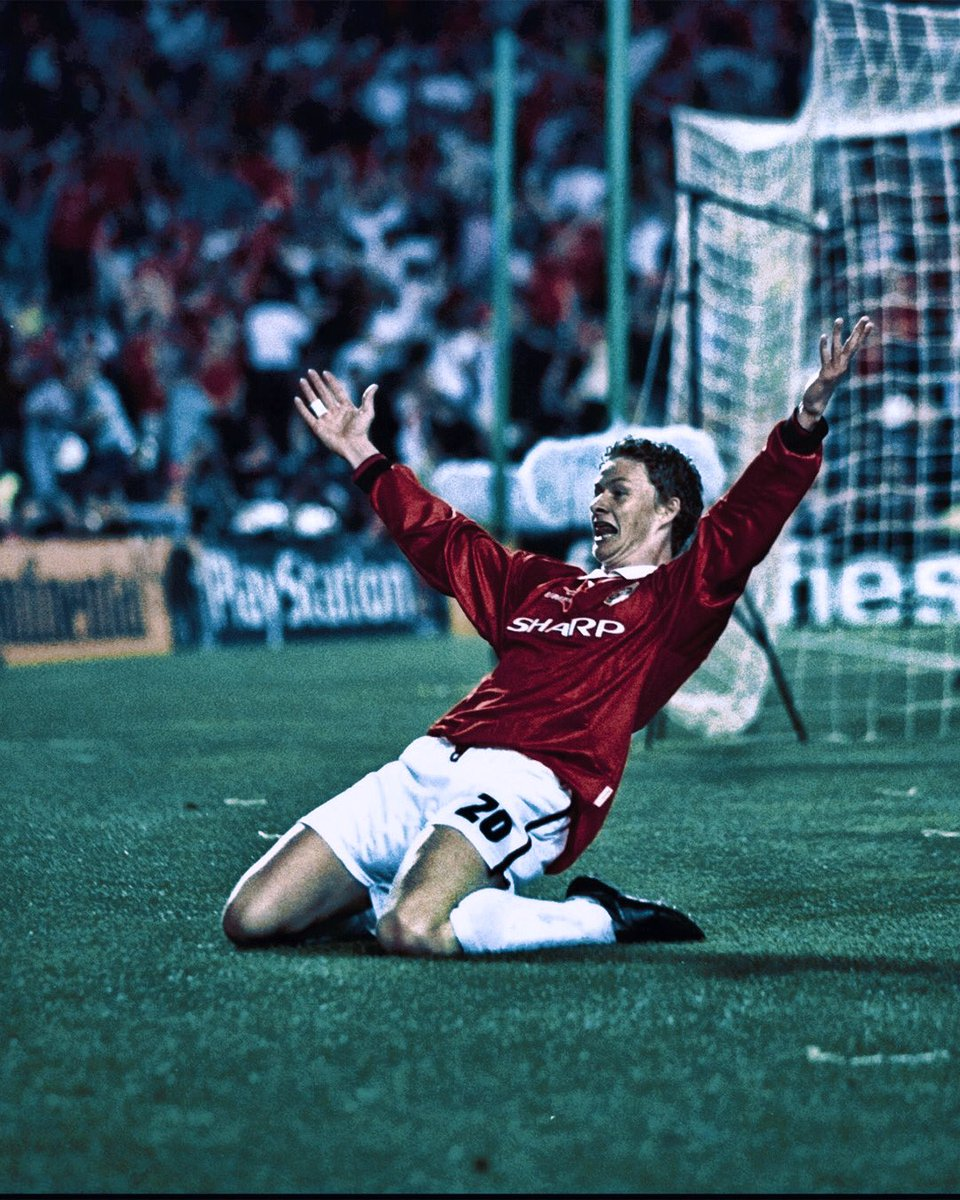 And Solskjaer Has Won It.......  On May 26th 1999,  21 years ago..... @ManUtd Treble Winners.  My Manager....Our Hero.... https://t.co/5hhvKE2F1q