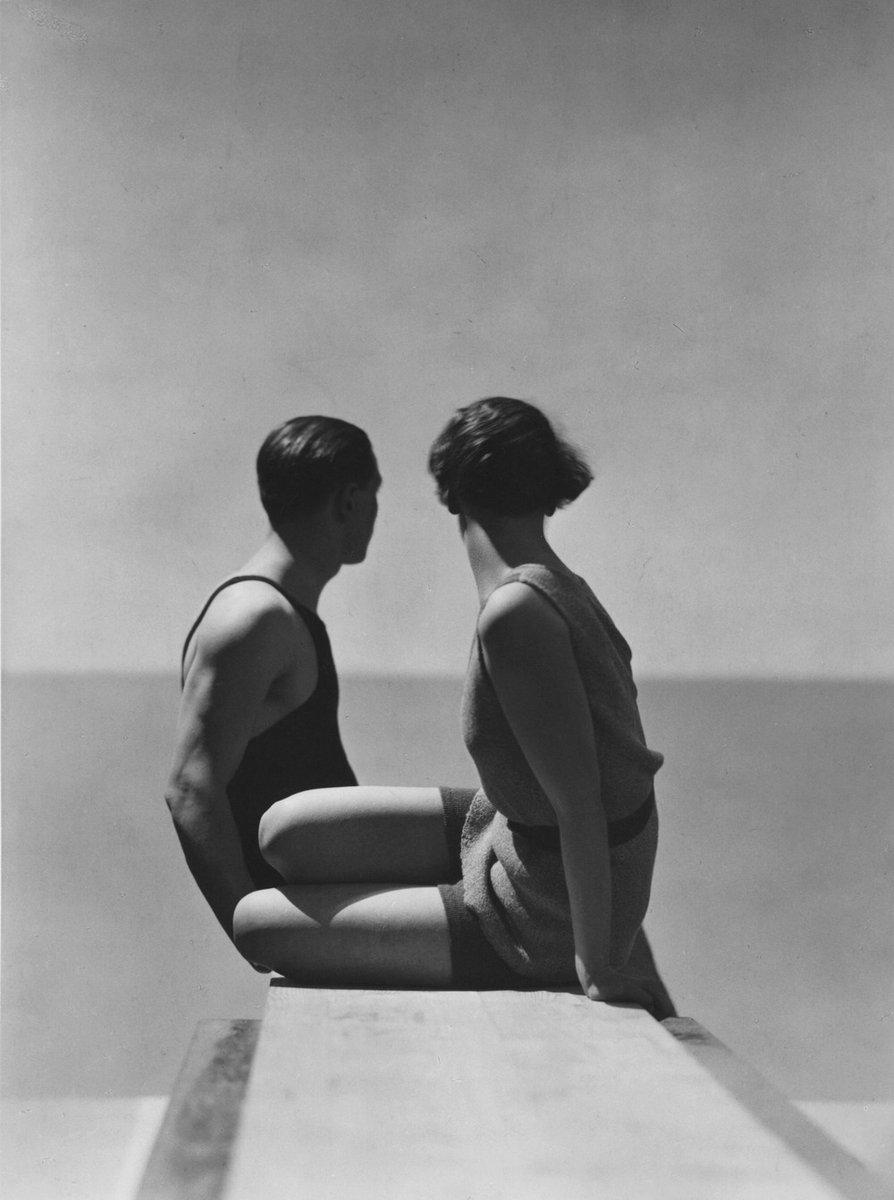 #Mood. ☀️  📷: George Hoyningen-Huene, Bathing Suits by Izod, Paris, 1930. https://t.co/dPgkLhSfyB