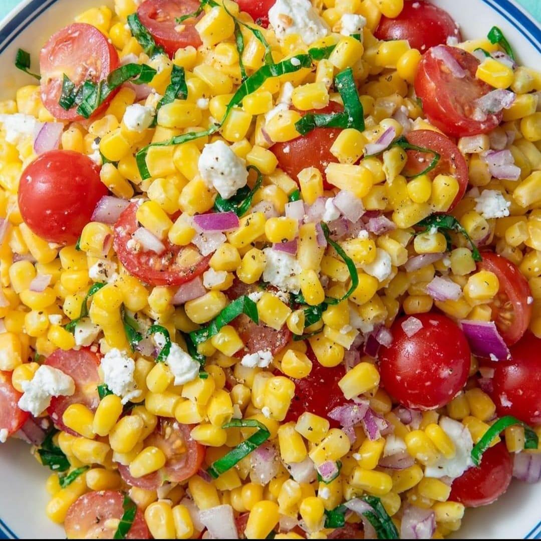 Corn Salad = Summer in Bowl #Foodie #Foodpic.twitter.com/uOXrb2TIQe