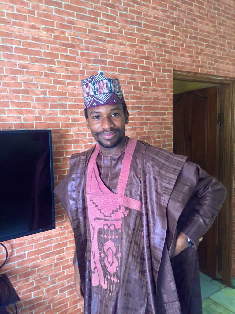 I came late to the Arewa twitter #EidMetGala, no RR no no PJs but I'm still a force to be reckoned with. <br>http://pic.twitter.com/lMtTxbfVUB