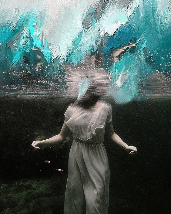 Be water...  #makingof #project #art #theatre #visual #portrait #teatro #proyectos #foto #agua #woman #confinamiento #water #actress #artesvisuales #pintura #painting #artesescenicas #artist #fotografia #retrato #photo #pic #photography #arte #cultura #artdaypic.twitter.com/PTcu0OMVLA