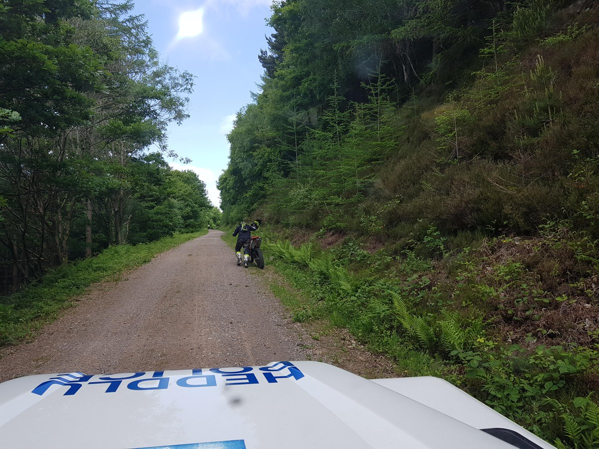 Come from Merthyr? Want to play in Abercarn? We at the @ruralcrimeteam working on #opharley will make you push your #offroadbike for 2km to an awaiting recovery truck, #warm #stayhome #stayalert @NRWforestrypic.twitter.com/iF8OwgyLkL