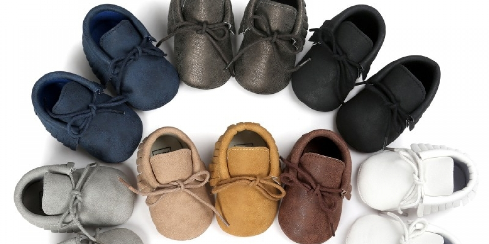 Baby's Cute Plain Laced-Up Shoes #smile #newborn https://buybabyessentials.com/babys-cute-plain-laced-up-shoes/ …pic.twitter.com/VqBVaG9Ooy