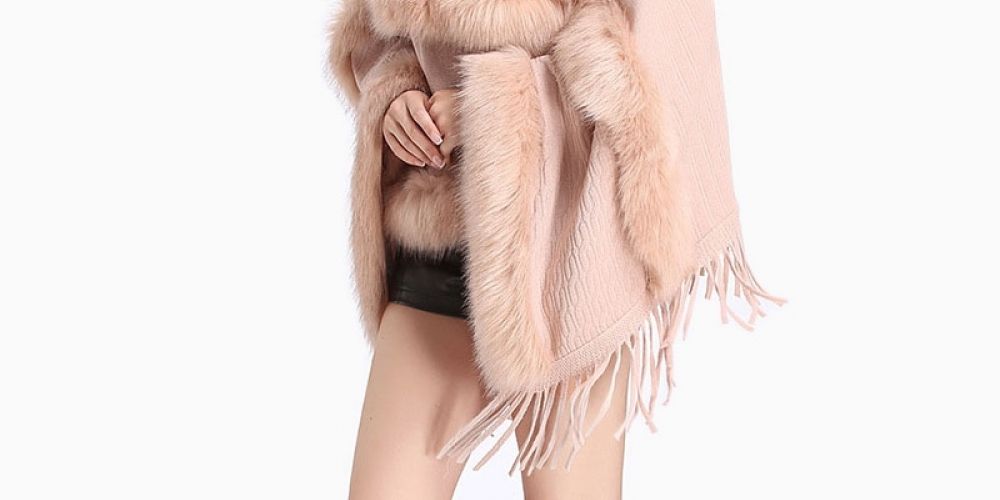 #shop #accessories Women's Faux Fur Crew Neck Tassel Layered Poncho