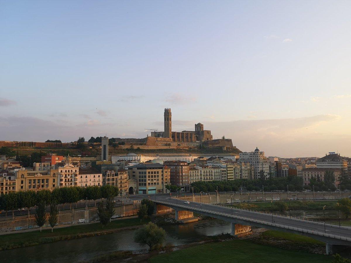Bon dia des de #Lleida. Dimarts, 26 de maig del 2020. DESFASATS https://t.co/PSg9yqOM6R