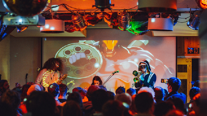 Keep @patchworklounge alive! This creative community centre in Cornwall needs your support to open again >>  #welovevenues