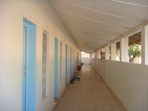 عبدالعزيز أحمد حنش On Twitter المباني الأكاديمية تقع على تلة بارتفاع حوالي 30 م وتسمى بمصطلح دارج في الجامعة الجبل ويقع هذا الجبل في منتصف موقع الجامعة وترتبط المباني الأكاديمية ببعضها بشبكة