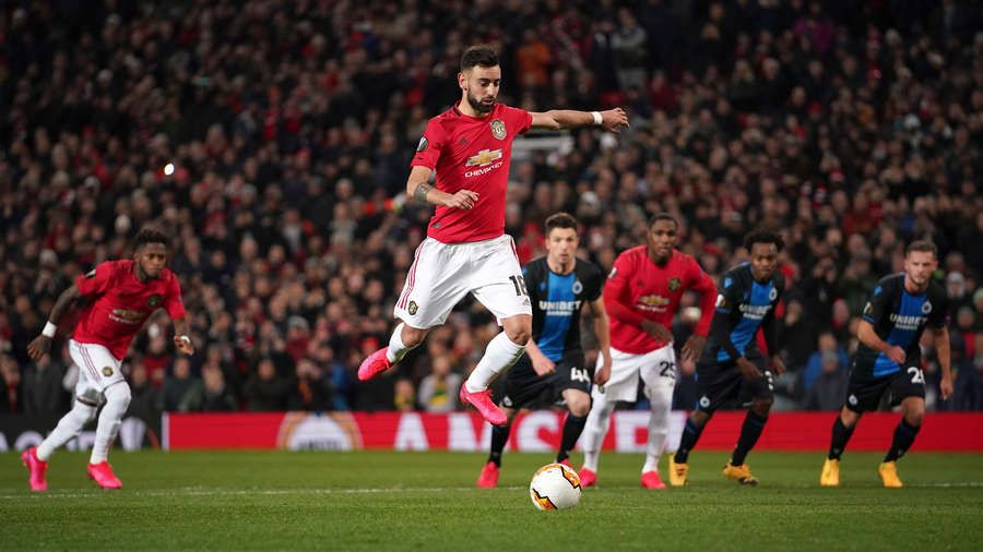 Giggs reveals Pogba and Fernandes penalty trick he could never master https://t.co/y4j1fs5yPg . #RyanGiggs #Giggsy #mufc #GGMU #manchesterunited #manutd https://t.co/EO4RzRyhzl