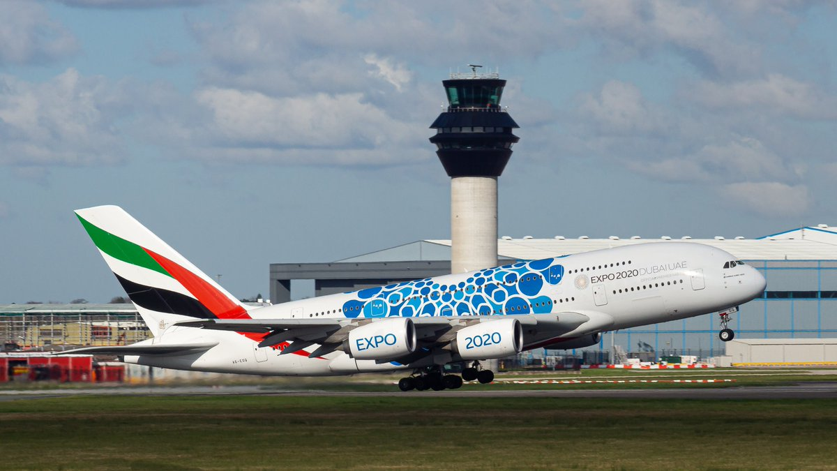 A6-EOQ Blue 'Mobility' @expo2020dubai @Emirates Airbus A380 rotating past @NATS tower as it departs Manchester off 05L.  #AviationPhotography #aviationphotography #PlaneSpotting #ManchesterAirport #Emirates #AirbusA380 #AirbusLovers pic.twitter.com/06DvAEGr7l