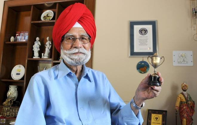 One of the greatest hockey players of all time, Padma Shri Balbir Singh Sr.Ji will be remembered for his memorable sporting performances. India's first hockey Olympic gold in 1948 was Balbir Singh Sr's proudest moment on the field. Condolences to his family. #RIP -Team #A1Express pic.twitter.com/1D0qlZJEIJ