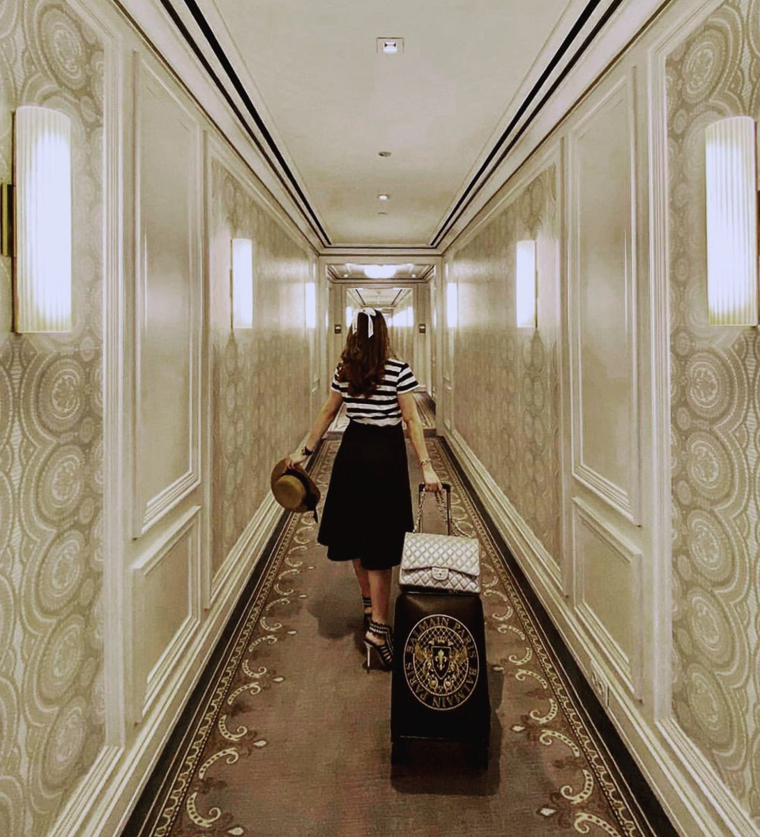 Either you are aiming for an urban escape or resorts getaway, we are here for you to refresh your body and mind.  Take advantage of our room offers for your staycation, link on bio.  📷 @tifannymoi https://t.co/NLgpv4Zldf