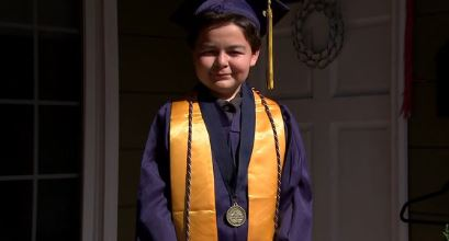Calif. 13-year-old earns 4 associate's degrees in 2 years wmcactionnews5.com/2020/05/25/cal…
