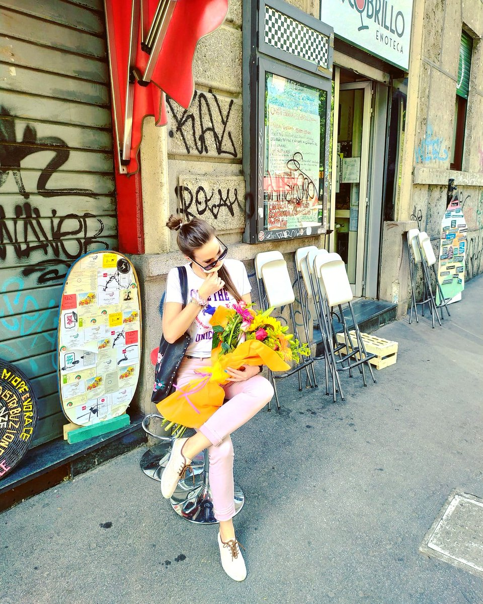 Have I already told you how much I love flowers?  #Milan pic.twitter.com/njpYGSJBxb