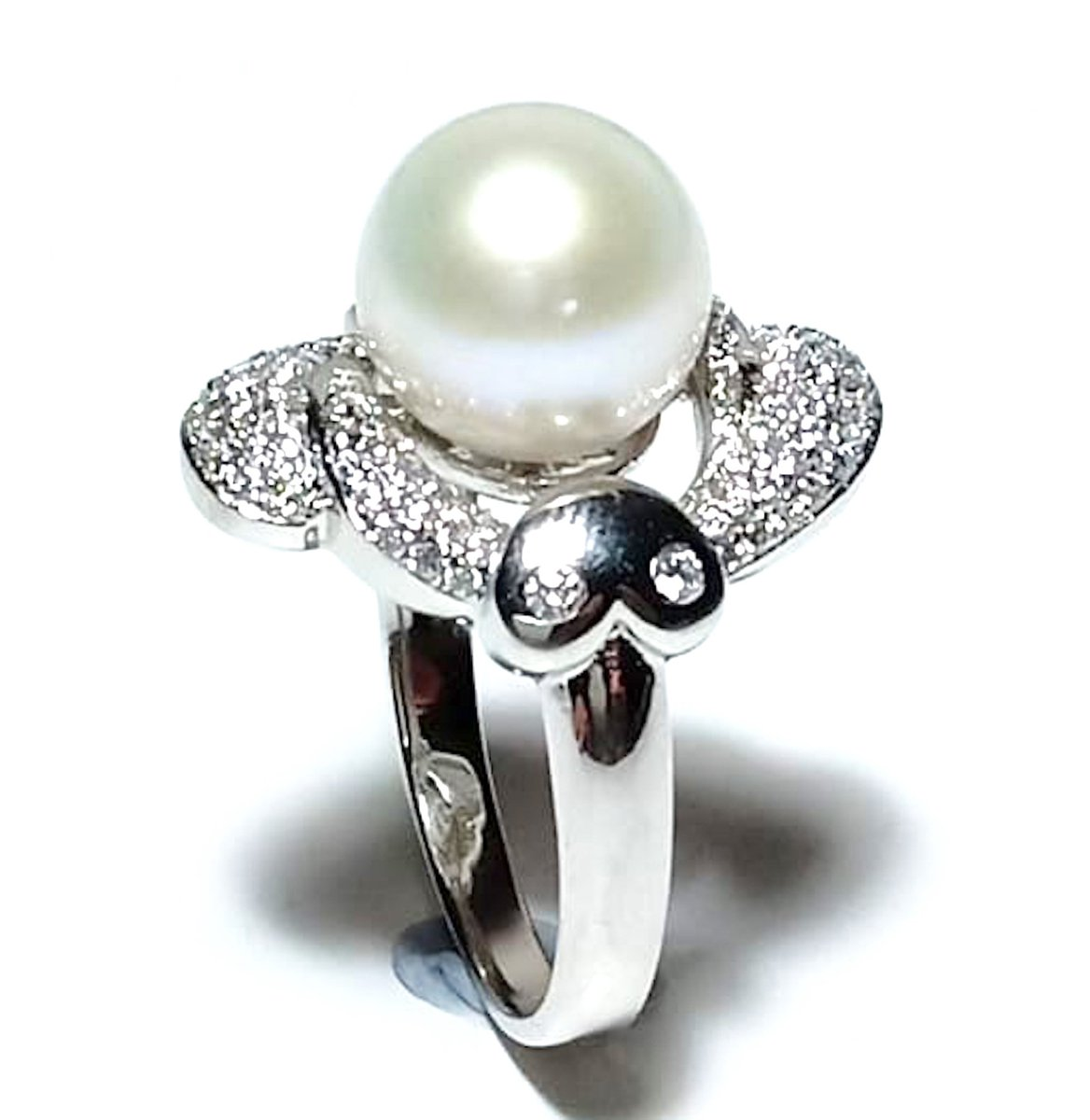 Excited to share the latest addition to my #etsy shop: Wedding Anniversary Best Gift! Mirror Luster Luster 9.5-10mm Round White Round Edison Cultured Quality Pearl Solitaire Ring Size 7  #white #anniversary #round #lovefriendship #yes #no #pearl