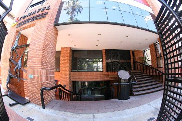 #Conatel inició la sustanciación del Procedimiento Administrativo Sancionatorio en contra de @DIRECTV por el incumplimiento de los deberes legales establecidos en las leyes 📡👉 bit.ly/36xynpY #ConatelInforma #RespetaLaCuarentena
