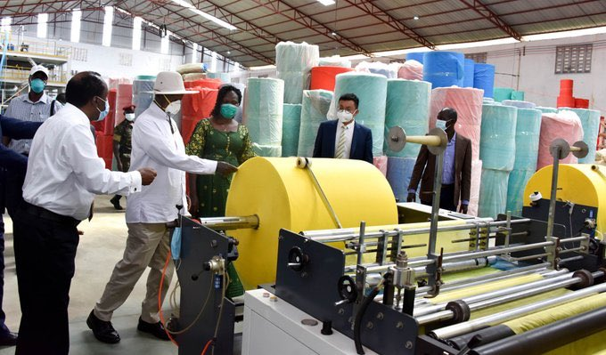 H.E President @KagutaMuseveni has commissioned LIDA Packaging Products Limited, a company based in Mbalala, Mukono District manufacturing masks and PPE for health workers. #UBCNews