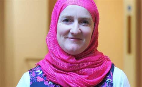 #EidMubarak listen to the broadcaster, gender campaigner, #Muslim community leader Julie Siddiqi taking on #RabbiLauraPodcast about leadership, #Islam #women https://t.co/FTmBTxstP2  https://t.co/RVLiPstt9w @nisanashim @n_Horizons @BBCRadio4 @ReformMovement https://t.co/UlxJ3M1hOV