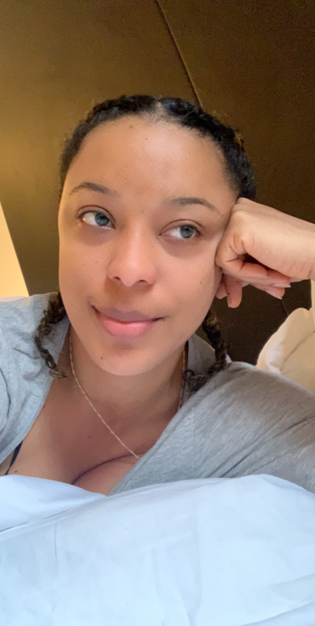 Nikki Samonas without make up