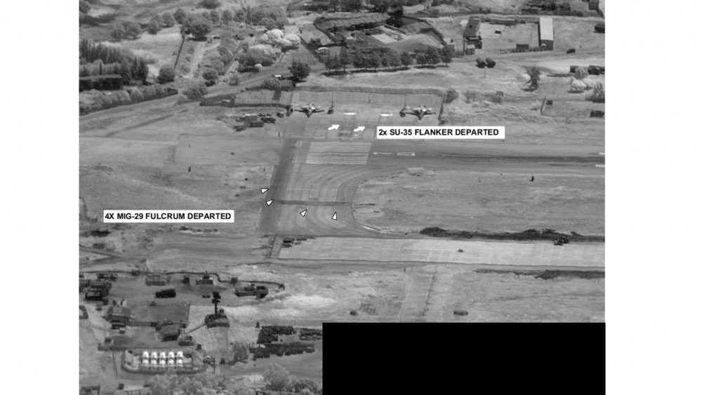 More satellite Imagery of #Russian aircrafts deployment in #Libya.pic.twitter.com/oQya9opzal