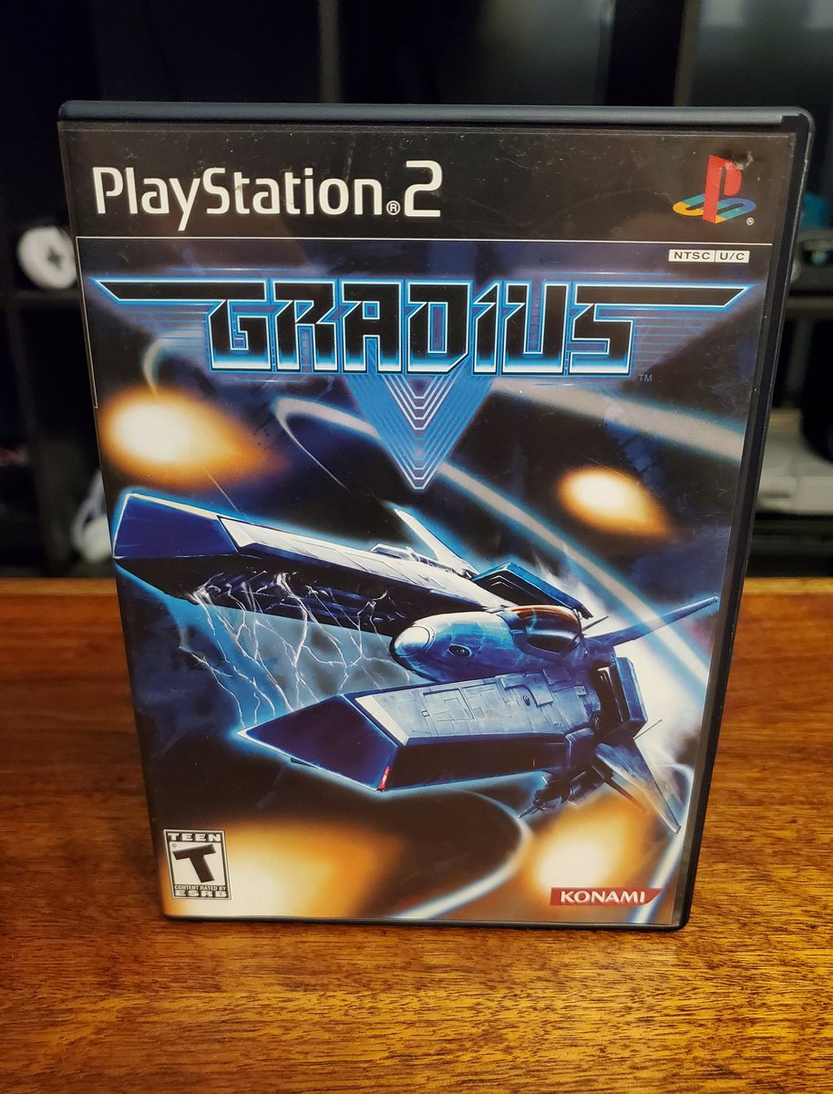 #Ps2sday its Gradius V from Konami! Developed by the legendary treasure, this is next level Gradius! 7 levels a blasting action and Laser option whipping through space in the Vic Viper T301! Really great scenery and music in this fantasticly refined shooter.  #GamersUnite #STG https://t.co/DtCrWfozeW