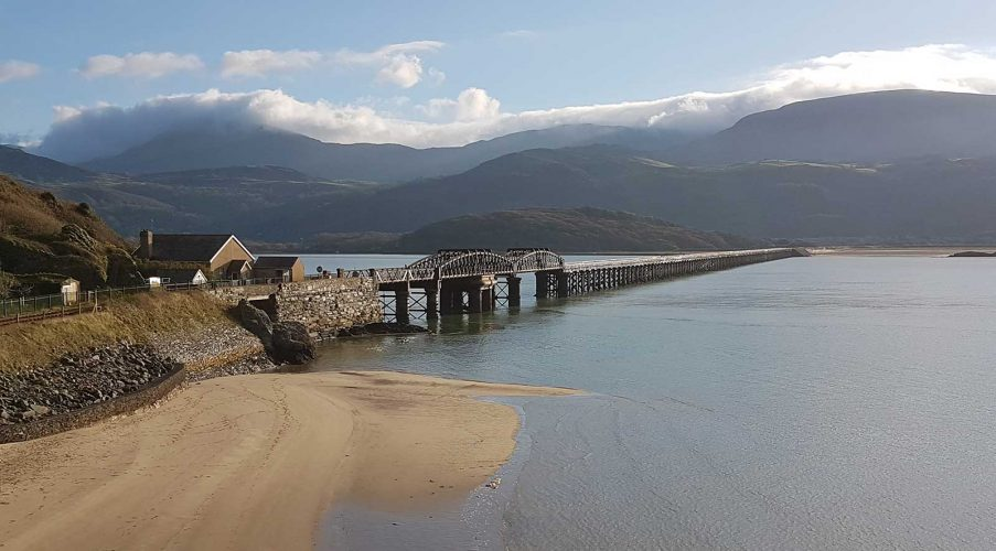 Network Rail begins biggest restoration of Barmouth Viaduct in its history. Barmouth Viaduct will undergo a £25m upgrade to protect it for local people and visitors in the future. More at: networkrailmediacentre.co.uk/news/network-r…