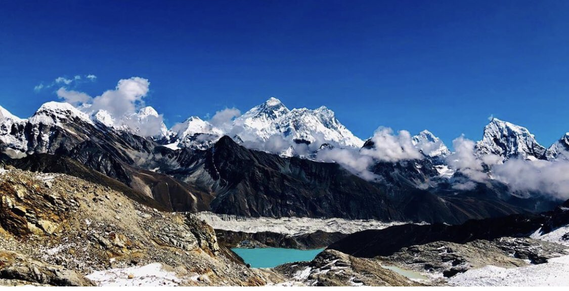 Breathe stopping altitude and challenging trails ! Mind looking scenarios and the sky towering mountain peaks suit the Everest Region! 1000s of people from the world gather and explore this by fulfilling their dream trip in Everest Trekking in Nepal ! pic.twitter.com/ZojO7UAwLz