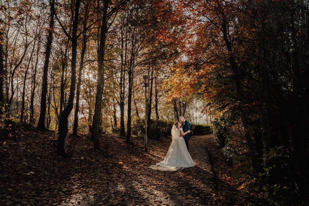 Katrina & Andy  I took this shot about 100 meters from my office in Randalstown. Beautiful couple and awesome Autumn light  - - - - -- #niwedding #lookslikefilm #firstandlasts #adventurebride #brideandgroom #untamedwildandfree #junebugweddings #dirtybootsa...pic.twitter.com/GndBcDnZ5C