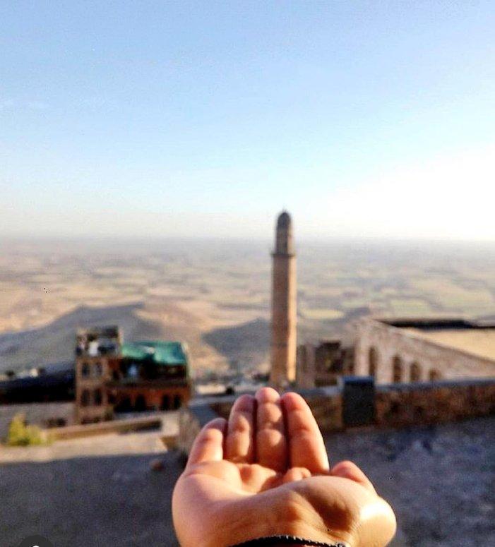 Baharı yaşamadan yaza geçiş yaptık  #mezopotamya  #mardin #iyibayramlarpic.twitter.com/ePeYJk4GYL