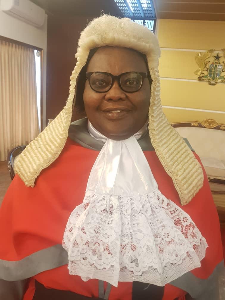 Professor Mensa Bonsu JSC in the outfit of a justice of the supreme court of Ghana.  Now we know two Professors as justices of supreme court of Ghana. <br>http://pic.twitter.com/g5NXkUDMmU