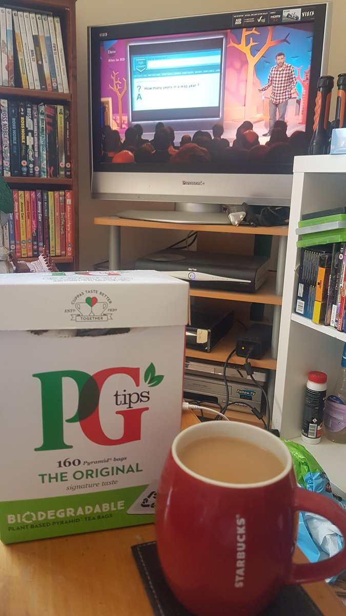 @PGtips Biodegradable teabag and rewatching #Goodish...  👌🏻👌🏻 (It's either PG or Yorkshire Tea for me) https://t.co/PYQOmfmj0q