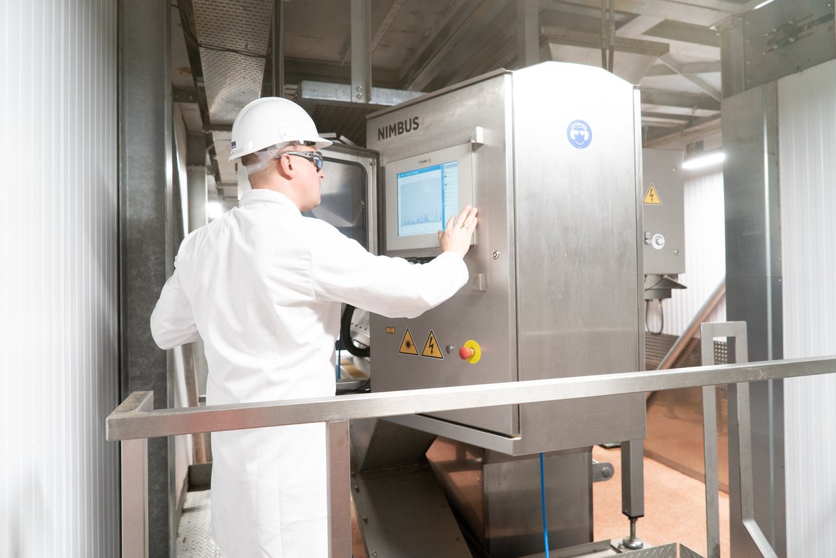 To help maximize efficiency and minimize waste, especially during these trying times, @TOMRAFood is offering its optical sorting technologies to renderers who turn by-products from animal food production into pet food ingredients: http://ow.ly/a23250zQ8iXpic.twitter.com/iHtLsU6Cu3
