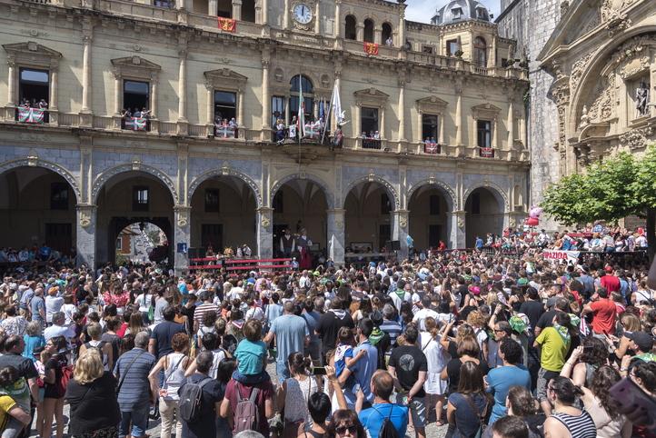 El Ayuntamiento de Hernani anuncia la suspensión de las fiestas de San Juan https://t.co/5Jw8HG9VYd https://t.co/WjHL1A9X5E