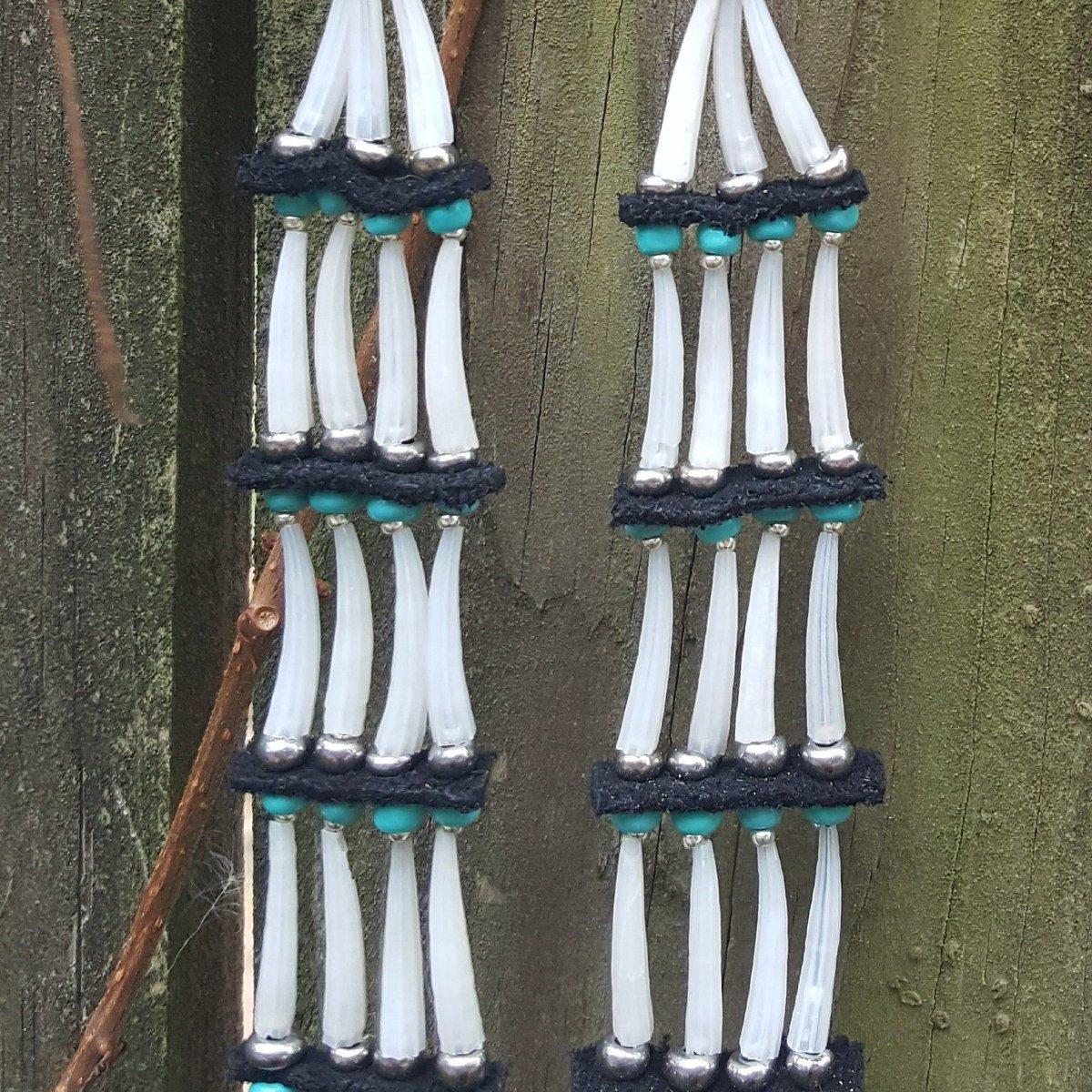 Please check out my Etsy shop! #beadwork #NativeTwitter #AlaskaNative #FirstNations #Statimc #Unangax #Aleut #NativeMade #BuyNative  https://buff.ly/33jBE9fpic.twitter.com/UoihsJEjoI