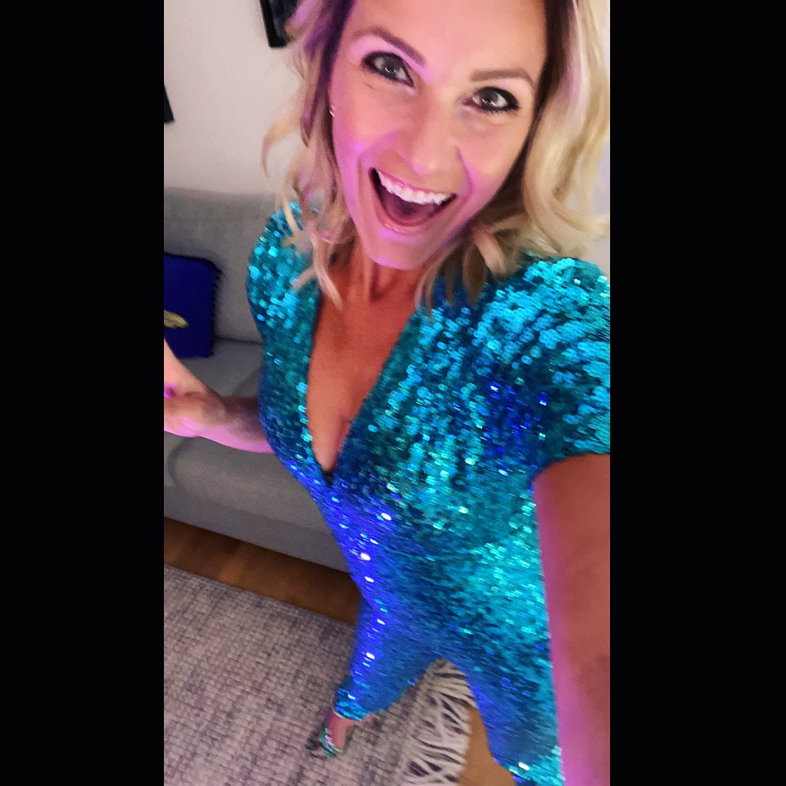 If I could wear this every day I would @NessyDress #sequincatsuit #sequins #partytime  pic.twitter.com/QpRCY7KBU9