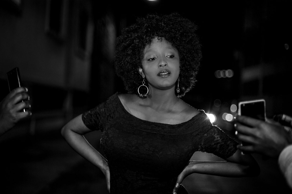 The one thing I miss about Nairobi is the random night shoots with friends. ....  Lghting was never an issue, as long as I had my camera, we'd light shots with Mobile phones and still kill it.  An ode to #Ujicrew #NightShoots #Streets pic.twitter.com/SbLdLK33ry