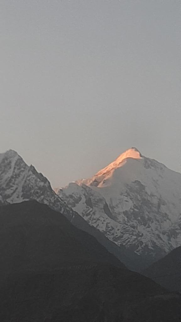 Sunset on #Rakaposhi #peak . Right now.  #Nagar #Gilgit_Baltistan  #pakistaniDaddy https://t.co/xbDK5nrsej