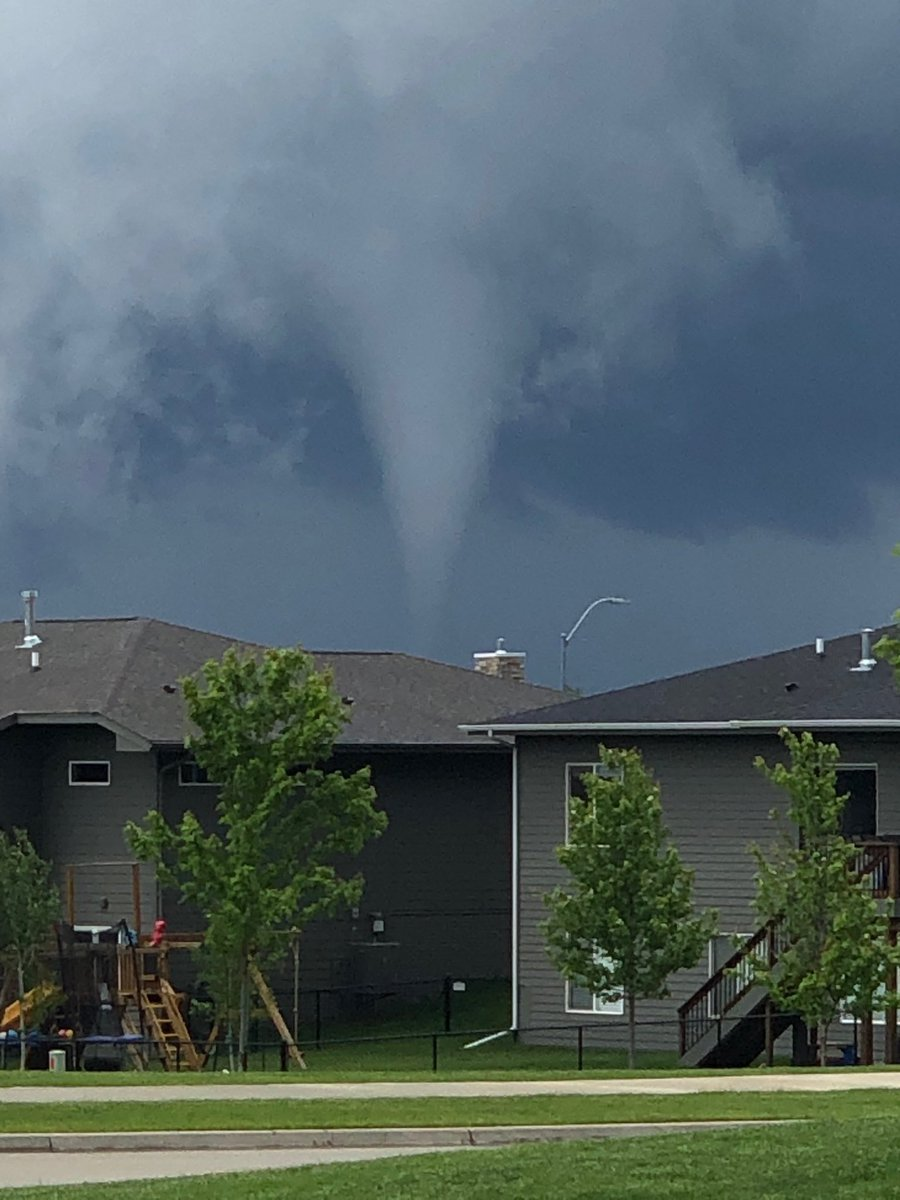Tornado spotted in Waukee. 📸:  Carrie Manning  #iawx @KCCINews https://t.co/Jj9jCW5LZw