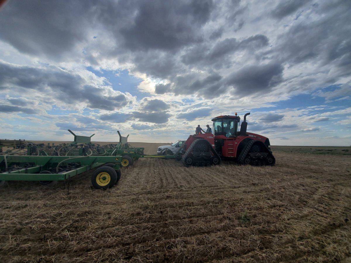 #Sask @Foodgrains May newsletter - Seeding Time!! https://us1.campaign-archive.com/?u=e185a59b0c5982526e0b75025&id=b4a72b86bc …pic.twitter.com/JNdl9lNiXO