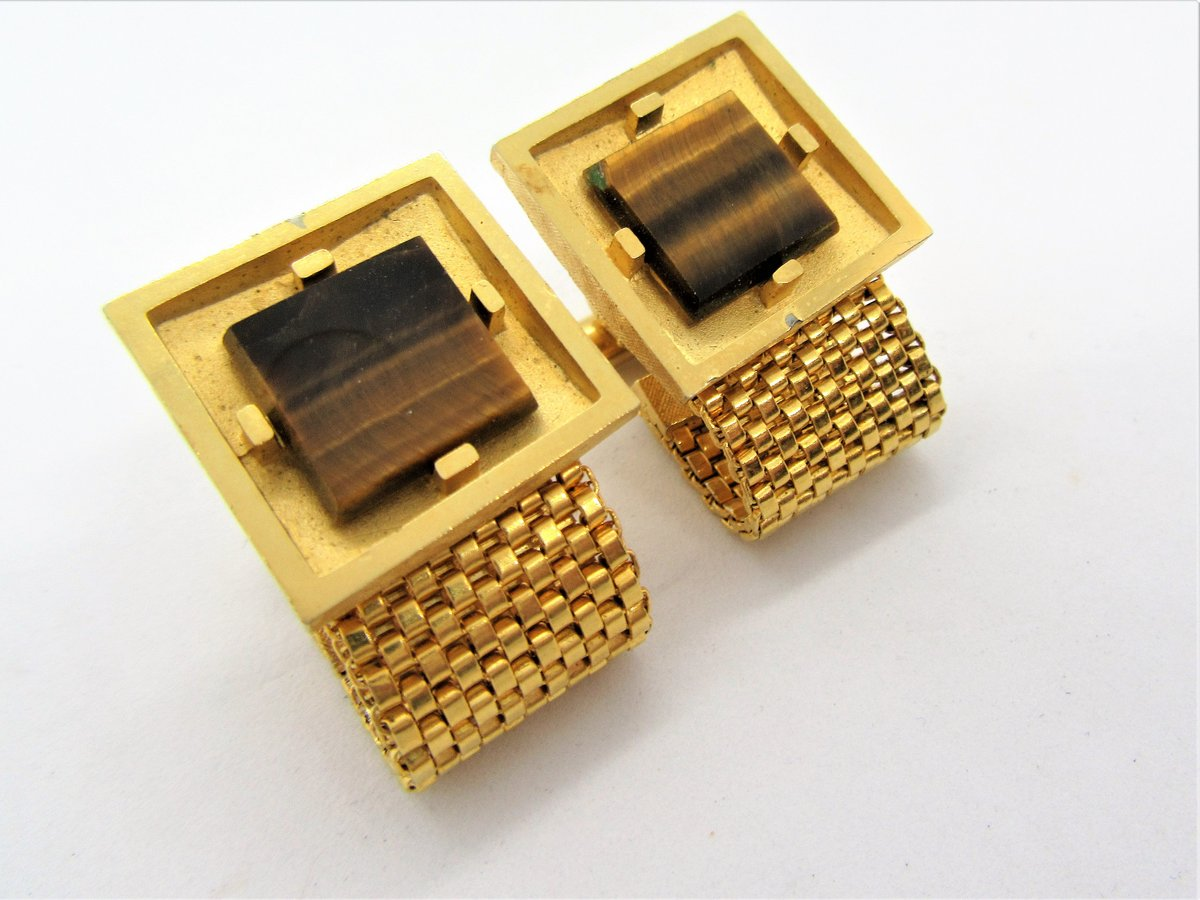 Excited to share the latest addition to my #etsy shop: Tiger Eye Cuff Links, Dante Signed, Wide Gold Mesh, 60s Cuff Links  #gold #brown #unisexadults #no #stone #midcentury #vintagecufflinks #vintagobsessions #mensgift