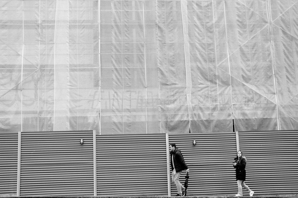 Somewhere in Porto, Portugal 2020 #streetphotography #streetphoto #street #porto #candid #urbanphotography #urban #citylife #porto #blackandwhitephoto #blackandwhite #bnwphotographypic.twitter.com/4qMEbAqMvI