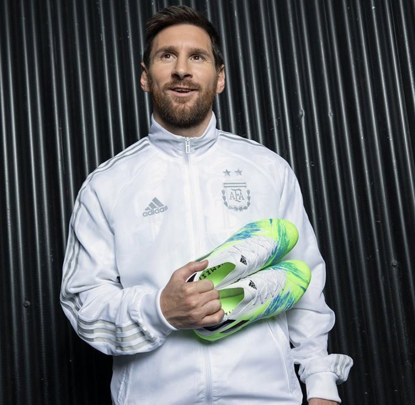 Ig Lionel Messi: Ready for  <br>http://pic.twitter.com/4IjmqcRcYv