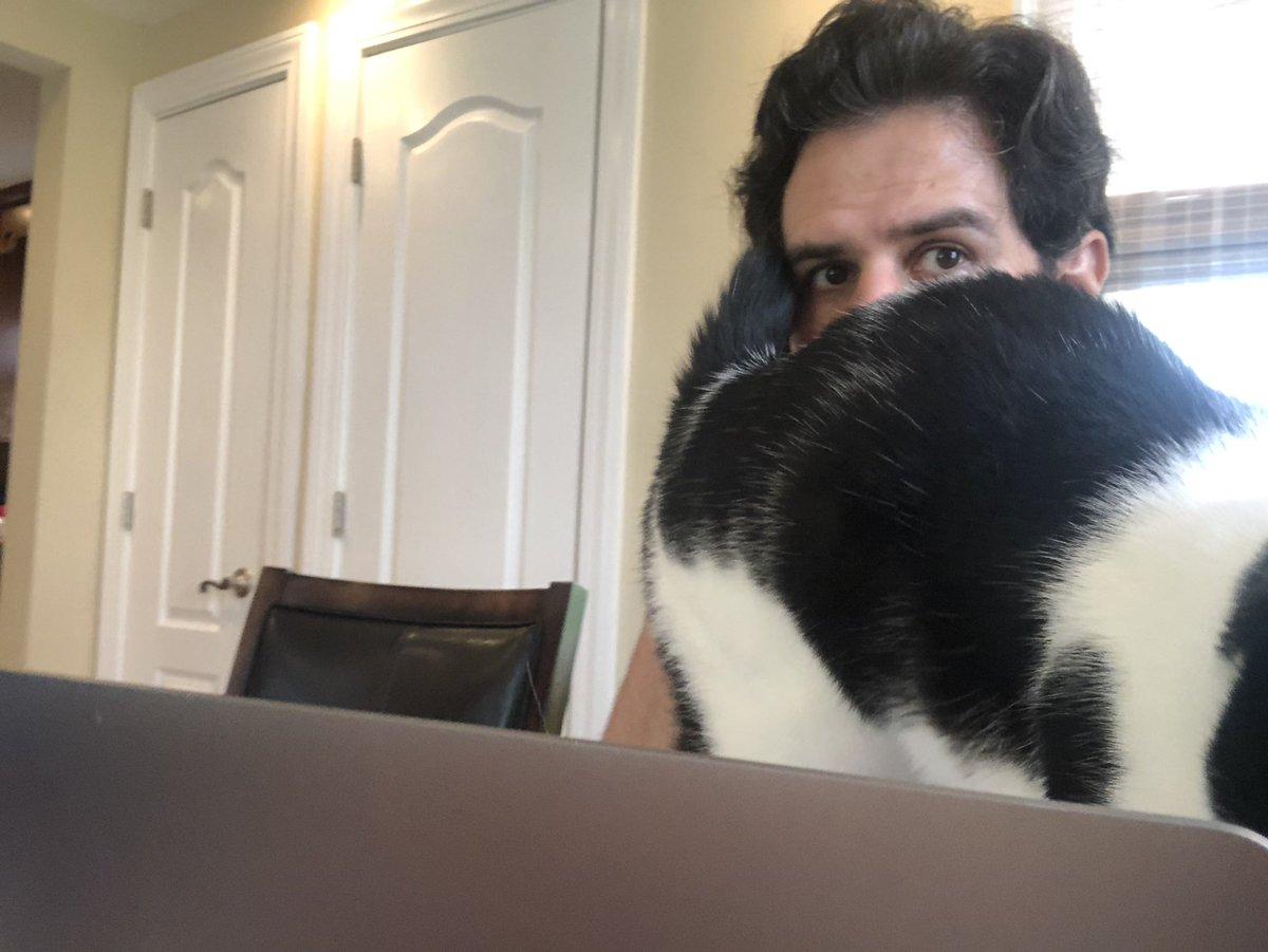 Best assistant. https://t.co/h1k1p3Emrz