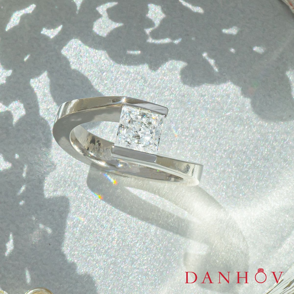 Celebrate the magic of your love 💖 Browse our collection of award-winning engagement rings to propose with a one of a kind ring!  Style # V123 ||   #Danhov #engagementring #diamond #diamondring #jewelry #diaonds #jewelrydesigner