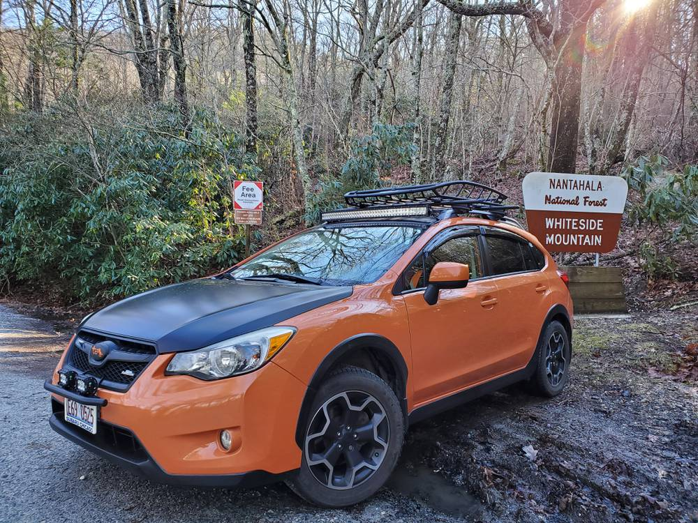 Meet Claire and her co-pilot Meadow. Claire enjoys attending Crosstrek Club events and when she's not in her XV #SubaruCrosstrek, she loves camping, cooking, and hiking. Visit https://t.co/DmNJ9KAQZ7 to e-meet Claire and other owners. #MeetAnOwner https://t.co/zPoNUTf5MW
