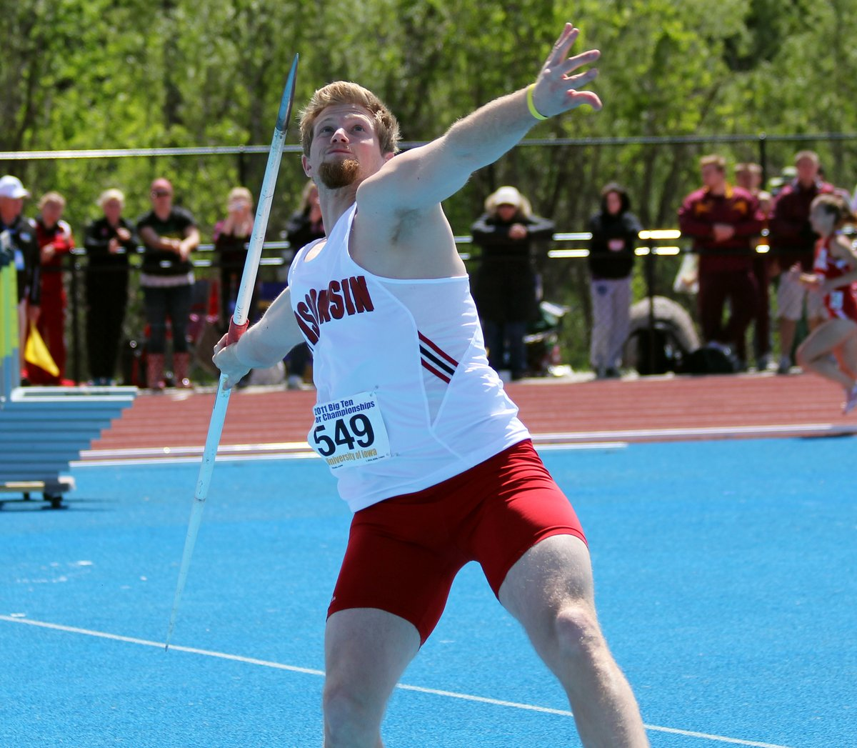 𝓞𝓷 𝓽𝓱𝓲𝓼 𝓭𝓪𝔂 ...  Robert Dehn set the UW record in the javelin at 231-10 in 2009. Dehn set the record at the NCAA Regional to qualify for the national championship! https://t.co/cm7ZbDNqhI