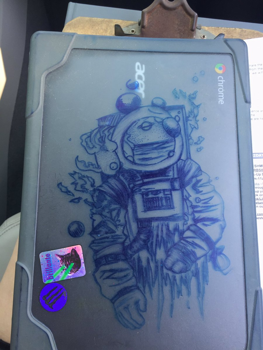 Giving my school computer back. Ive kept this boi on the case for years, goodbye, aquatic space man. #art pic.twitter.com/GvK6Wa9wmf