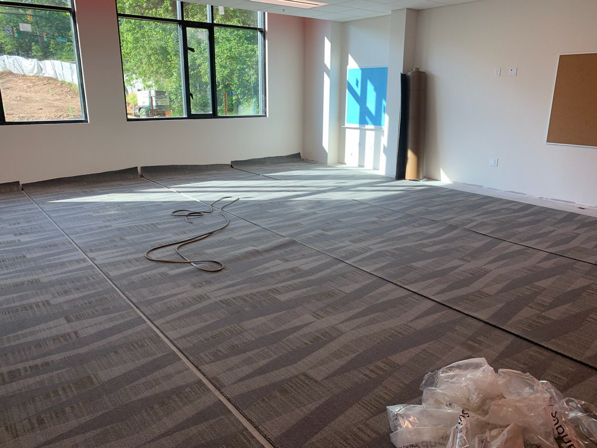 Carpet installation started today on second floor of <a target='_blank' href='http://twitter.com/DHMiddleAPS'>@DHMiddleAPS</a> addition!!   <a target='_blank' href='http://twitter.com/dhms_ptsa'>@dhms_ptsa</a> <a target='_blank' href='http://twitter.com/EllenSmithAPS'>@EllenSmithAPS</a> <a target='_blank' href='http://search.twitter.com/search?q=StratfordProject'><a target='_blank' href='https://twitter.com/hashtag/StratfordProject?src=hash'>#StratfordProject</a></a> <a target='_blank' href='https://t.co/4dKZx4v7MY'>https://t.co/4dKZx4v7MY</a>