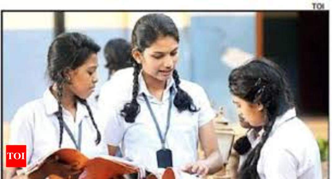 New post (Kerala SSLC, VHSE exams commence today, students follow health norms - Times of India) has been published on ApzWeb - https://apzweb.com/kerala-sslc-vhse-exams-commence-today-students-follow-health-norms-times-of-india/…pic.twitter.com/nnSnyTuaOy