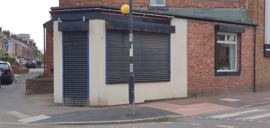 Situated on Brandling Street in #Sunderland, here we have a solid #commercial investment in the shape of this #retail unit, which is currently tenanted on a 12 month AST at £195 pcm. Guide price £19k+.  It goes to online auction at 6pm on Tues 9 Jun >>